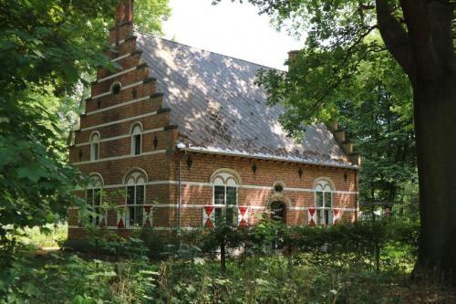 Huisje in Domein de Renesse in Oostmalle